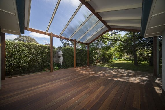 ACT Decks - Watson - House with pergola feature